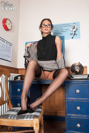 Natalia forrest silky oriental temptress - 2 part 1
